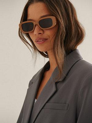 NA-KD Accessories Breda Solglasögon Med Retrobågar beige