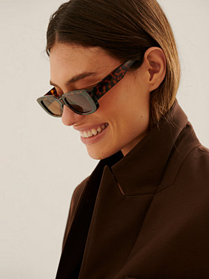 Solglasögon - NA-KD Accessories Breda Solglasögon Med Retrobågar brun