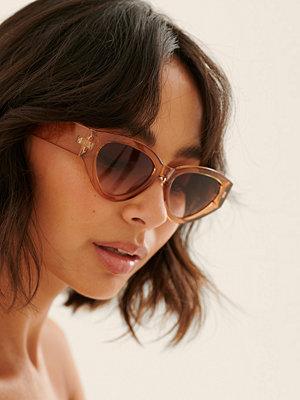 Solglasögon - NA-KD Accessories Breda Cateye Solglasögon beige