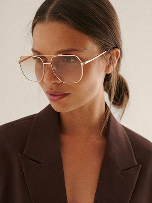 Solglasögon - NA-KD Accessories Pilotsolglasögon I Metall brun