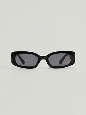 Solglasögon - NA-KD Accessories Breda Retro Solglasögon svart