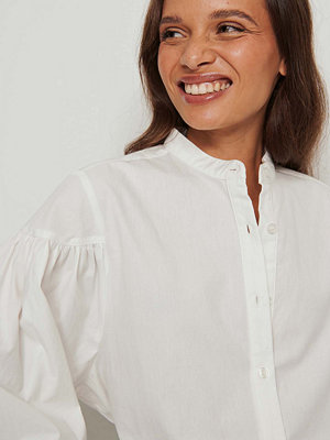 NA-KD Ekologisk Volymiös Skjorta Med Rynkade Ärmar vit