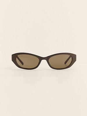 NA-KD Accessories Återvunna Droppformade Solglasögon I Retrolook brun