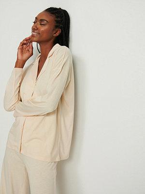 NA-KD Lingerie Soft Comfort Långärmad Skjorta beige
