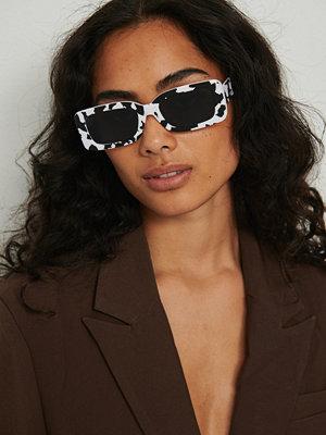 Solglasögon - NA-KD Accessories Retrosolgalsögon Med Breda Bågar vit