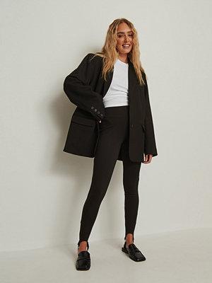 Leggings & tights - NA-KD Trend Byxor med loopdetalj svart