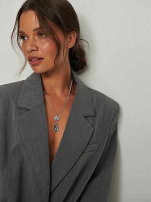 NA-KD Accessories smycke Återvunnet Hamrat Mynthalsband silver