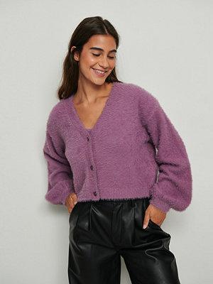 NA-KD Trend Luddig stickad croppad tröja lila