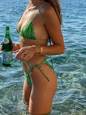 Hanna Schönberg x NA-KD Återvunnen Bikinitrosa Med Ringdetalj grön