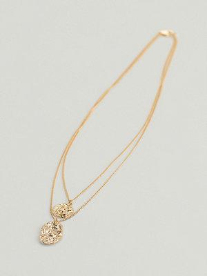 NA-KD Accessories smycke Återvunnet Hamrat Mynthalsband guld