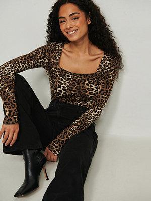 NA-KD Leopardmönstrad topp multicolor