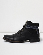 Boots & kängor - River Island Black leather textile collar boots