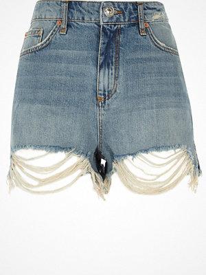 Shorts & kortbyxor - River Island Blue frayed hem high rise denim shorts