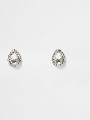 River Island örhängen Silver tone diamante teardrop stud earrings