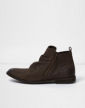 Boots & kängor - River Island Brown leather ruched boots