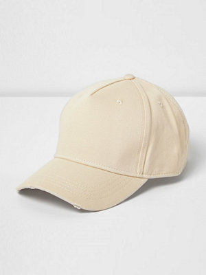 Mössor - River Island Ecru distressed baseball cap