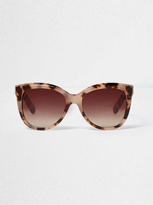 Solglasögon - River Island River Island Womens Beige leopard print glam sunglasses