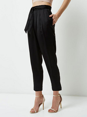 River Island Petite black tie waist tapered trousers