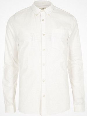 Skjortor - River Island White muscle fit long sleeve Oxford shirt
