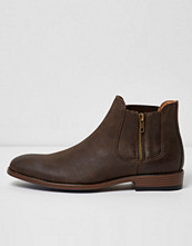 River Island Brown Chelsea boots