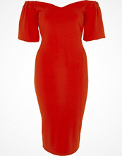 River Island Red puff sleeve bardot bodycon dress