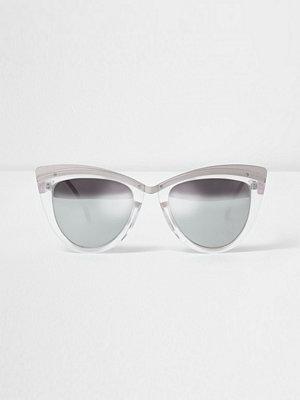 Solglasögon - River Island Silver tone cat eye mirror lens sunglasses