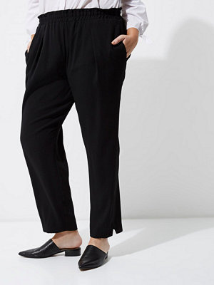 River Island Plus black tapered trousers