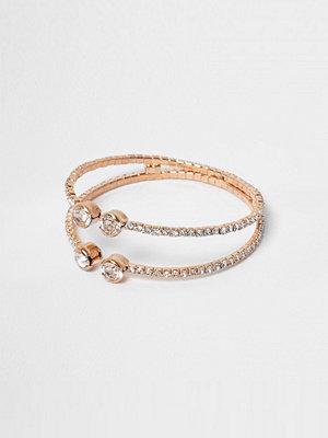 Smycken - River Island Rose gold tone diamante pave cuff bracelet