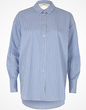 Skjortor - River Island Blue stripe print lace back poplin shirt
