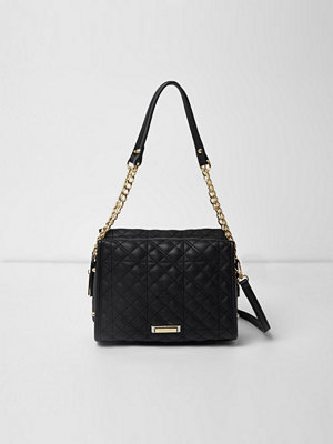 Handväskor - River Island Black quilted chain mini tote bag