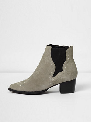 Boots & kängor - River Island Grey suede studded western boots