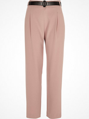 Byxor - River Island Pink tapered belted trousers