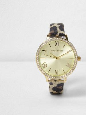 Klockor - River Island Brown leopard print diamante encrusted watch