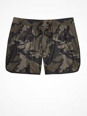 Badkläder - River Island Big and Tall dark Green camo swim shorts
