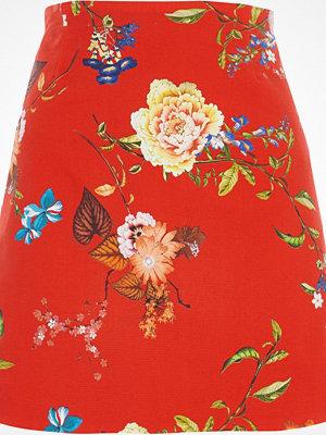 River Island Red floral print mini skirt
