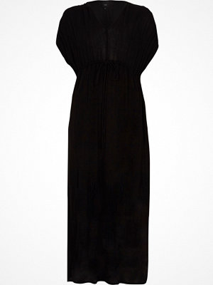 River Island Black ruched sleeve tie waist maxi dress