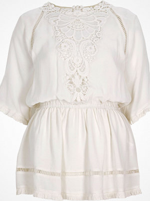 Blusar - River Island Cream crepe embroidered top