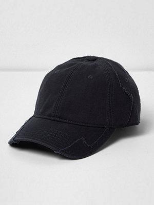 Mössor - River Island Navy distressed baseball cap