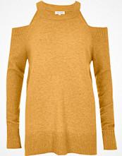 Tröjor - River Island Dark yellow knit cold shoulder jumper