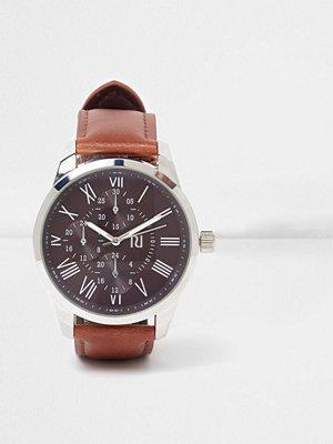 Klockor - River Island Brown leather look strap round face watch