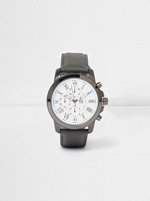 Klockor - River Island Grey leather look strap round face watch