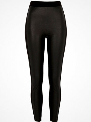 Leggings & tights - River Island Black faux leather coated front leggings