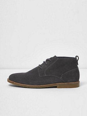 Boots & kängor - River Island Dark grey suede desert boots