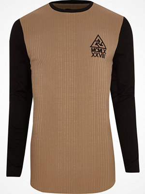 T-shirts - River Island Tan contrast sleeve ribbed longline T-shirt