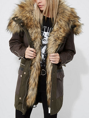River Island River Island Womens Petite Khaki green faux fur trim hooded parka