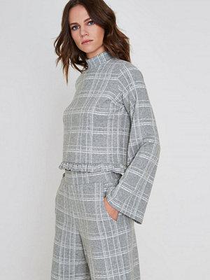 River Island Grey check wide sleeve frill hem knit top