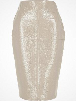 River Island Grey vinyl pencil skirt