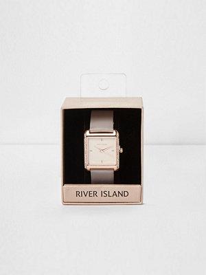 Klockor - River Island River Island Womens Plus Grey square rose gold diamante watch