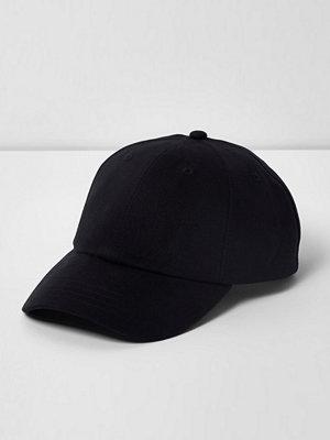 Mössor - River Island Black soft twill baseball cap
