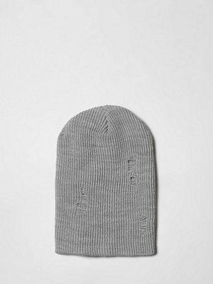 Mössor - River Island Grey slouch back beanie hat